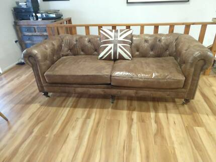 Chesterfield Style 3 Seater Leather Sofa