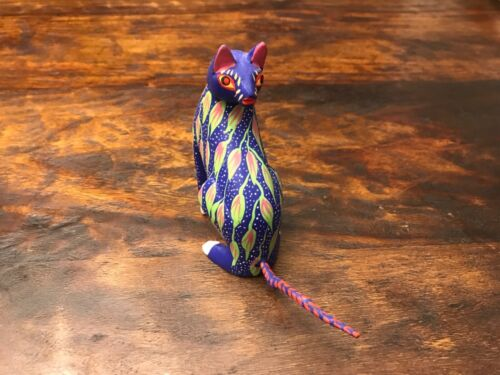 Hand Painted Wood Cat Carving Folk Art from Oaxaca, Mexico
