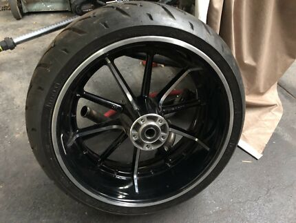 Harley Davidson breakout rims and tyres