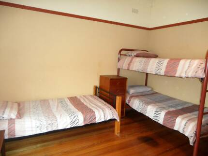 Single Beds for travellers in mixed gender 2 BRm Flat Inkerman St St Kilda Port Phillip Preview