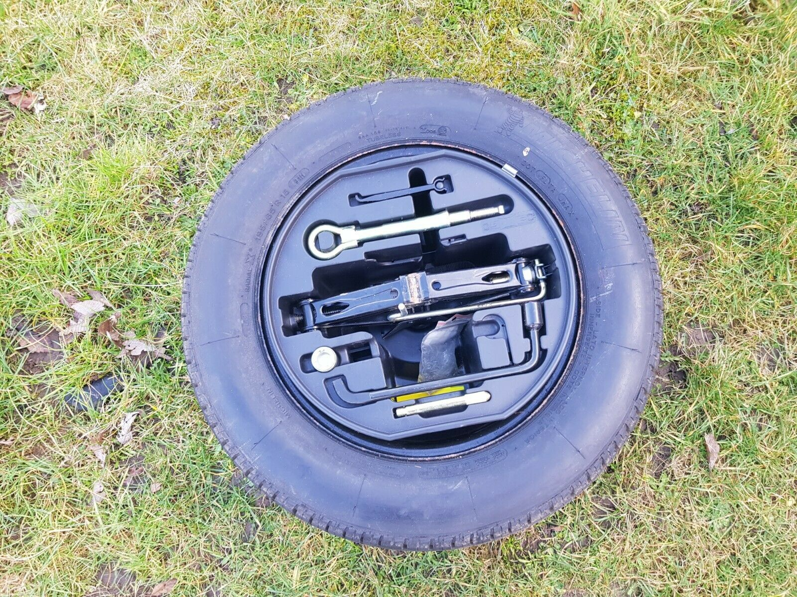 Citroen C4 04-10 1.6 HDI BRAND NEW SPARE WHEEL AND JACK ...