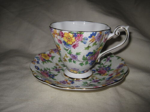 Royal Standard Bone China Footed Cup & Saucer 1523 Chintz Floral Made in England