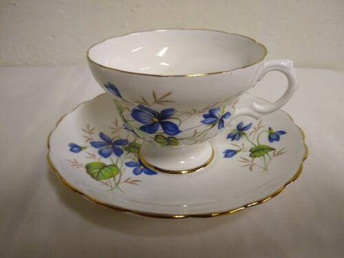VINTAGE English BONE CHINA TEA CUP AND SAUCER Gold Trim - $10.90