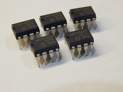 Mc1458p1 Dual Operational Amplifiers Op Amp 8 Pin Dip You Get 5 Pieces Fast Ship