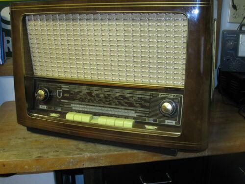 RARE Saba Freudenstadt 7 Large German Tube Radio