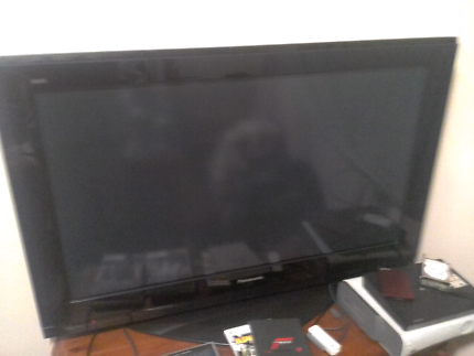 """Sony 40""""lcd forvPARTS power notworking everything else good$25ono"""