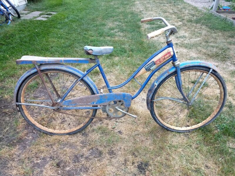 Vintage Coast King Women's Bicycle rocket emblem American white blue project