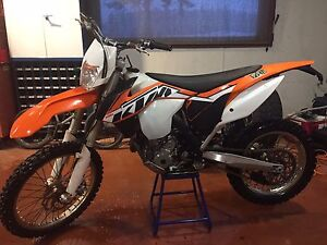 2014 KTM XCF-W 250 with 320 hours works awesome