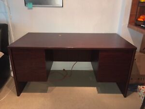 Price Reduced! GOOD CONDITION DESK
