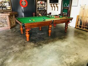 9 Foot Pool Table / Free Delivery