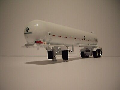 DCP FIRST GEAR 1/64 WHITE TANDEM AXLE MISSISSIPPI ANHYDROUS AMMONIA TANKER