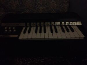 Chord organ keyboard  London Ontario image 1