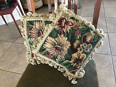 2 WOOLEN NEEDLEPOINT TAPESTRY AUBUSSON BOLD FLORAL ACCENT PILLOW COVERS 11x11 - Needlepoint Accent Pillow