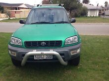 RAV4 Toyota 4 cylinder 2 litres Queens Park Canning Area Preview