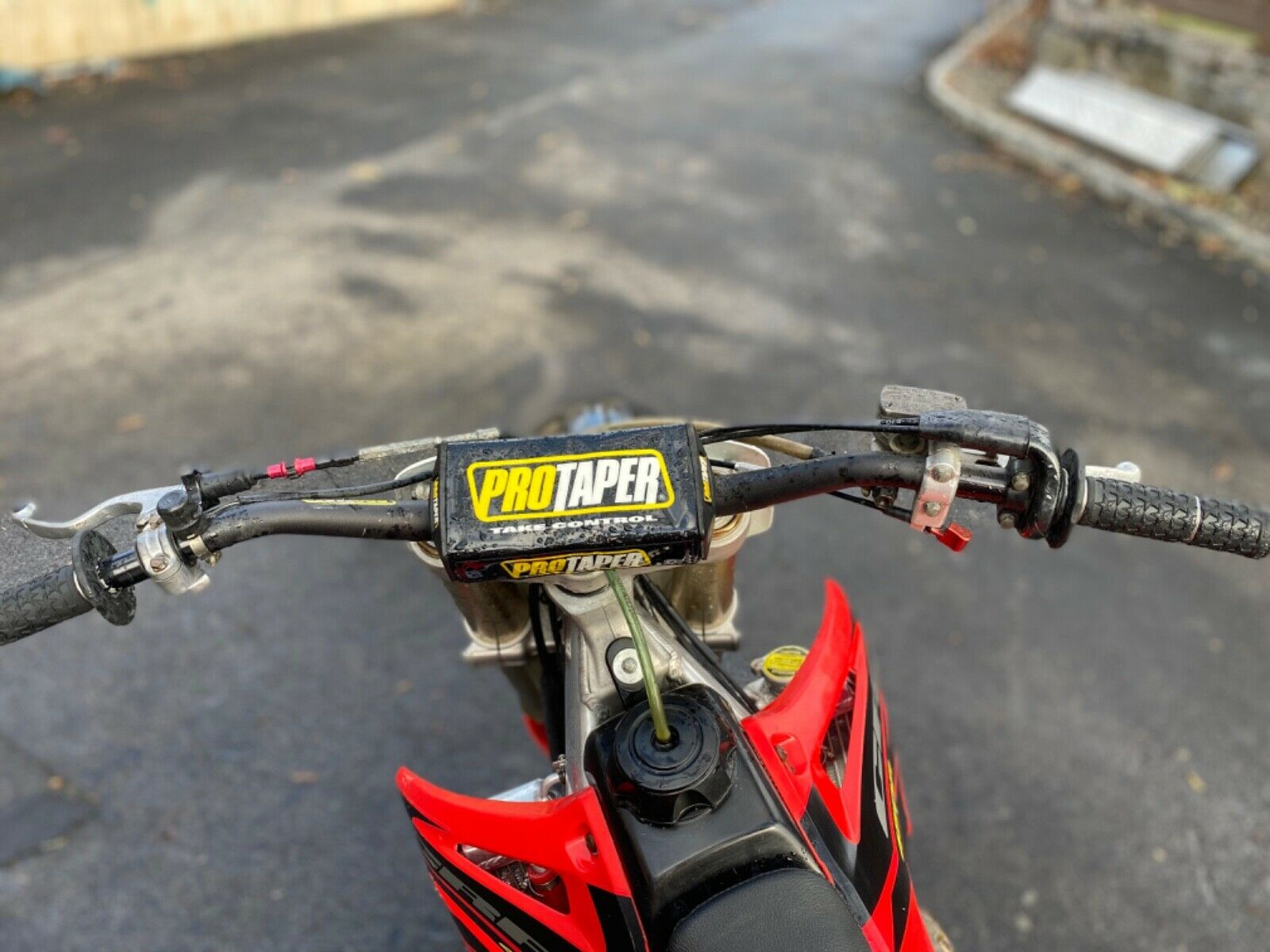 Picture of A 2003 Honda CRF 450