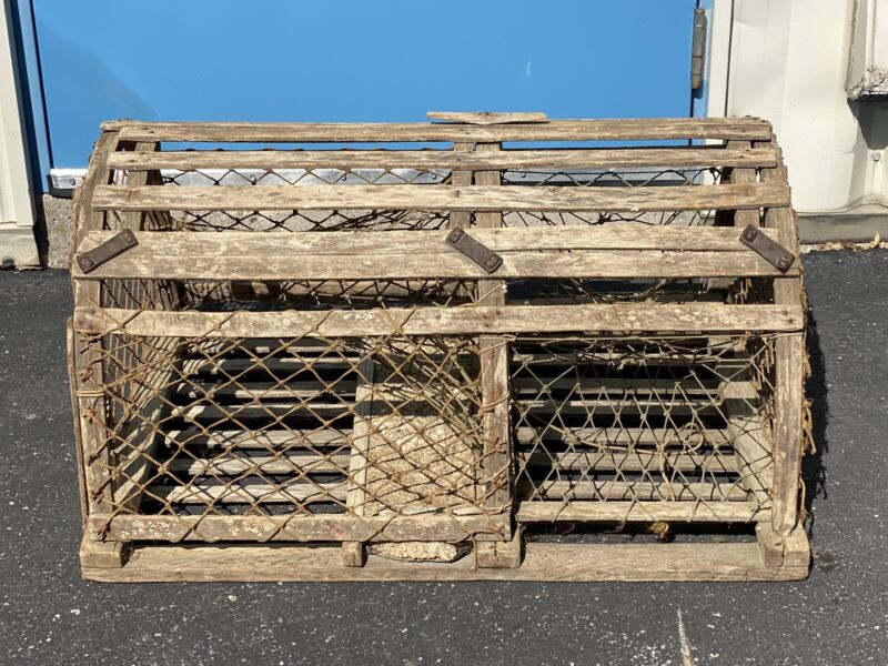 Vintage Ocean Lobster Trap Cage Wooden Rope Net Large 34x20x18