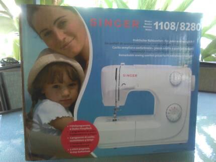 SINGER******8280 BRAND NEW sewing machine Machans Beach Cairns City Preview