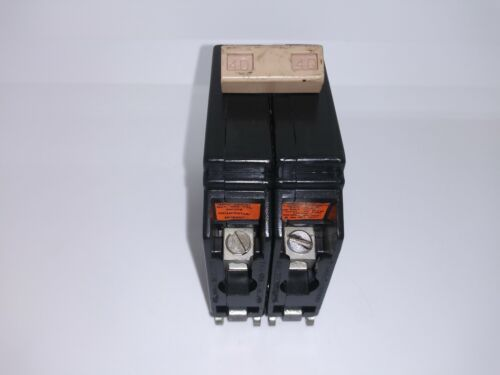 EATON CUTLER HAMMER CH240 40 AMP 2 POLE 120/240V CIRCUIT BREAKER METAL FOOT