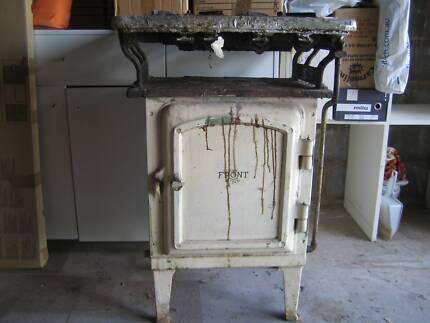 "Vintage Gas stove ""Front Line"""