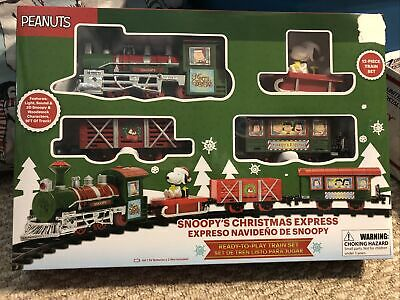 Peanuts Holiday Snoopys Christmas Express Ready To Play 12 Piece Train Set NEW