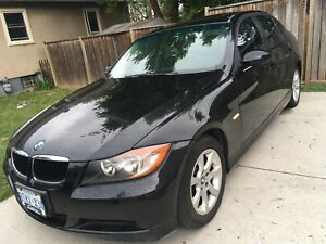 BMW 323i FOR SALE! SELLING FOR $4000 OBO