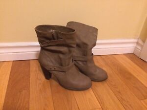 Size 8 Women's Short Boot