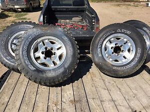 """Rims (15"""") and tires for Toyota 6 x 5.5"""" (139.7 mm)"""