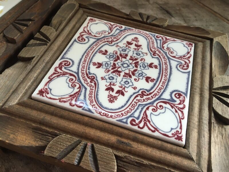 """Vtg Mexican Tile Trivets Hand Painted in Carved Footed Wood Frame 7"""""""