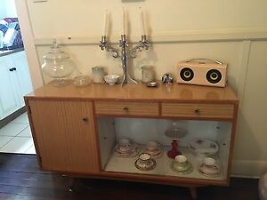 Retro buffet Hamilton Newcastle Area Preview