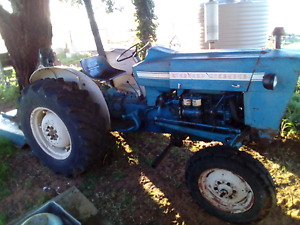 FORD 2000 Tractor 3cyl Diesel,  John Berrends 3pl slasher Swan Hill Swan Hill Area Preview