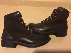 Women's Kodiak Waterproof Winter Boots Size 9.5