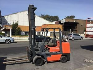 Supercheap compact Toyota 4.5 ton with a 2 stage 5mt mast Lidcombe Auburn Area Preview