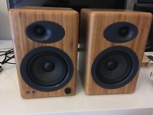Audio Engine A5 powered speakers