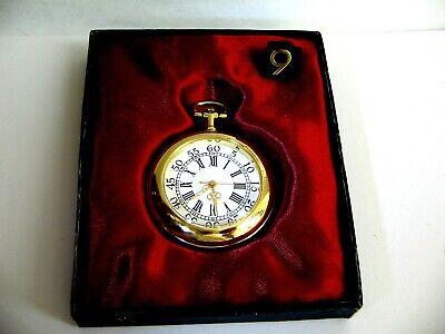 Taschenuhr Klassische Uhr goldfarben filigrane Zeiger rückseitig Adam u. Eva
