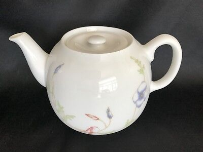 Design 24 Ounce Teapot - Vintage Teapot-French-Pillivuyt-Delicate Summer Floral Design/24 OZ./3 Cups