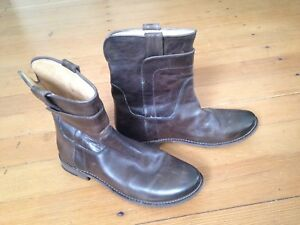 Frye boots 8 1/2- NEW $180 OBO