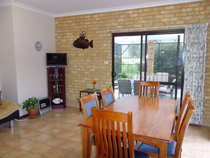 FULLY FURNISHED AND EQUIPPED HOME IN BUSSELTON