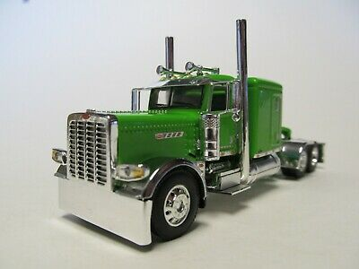 DCP 1/64 SCALE 389 PETERBILT FLAT TOP, LIME GREEN, PRIDE & CLASS HOOD & GRILL