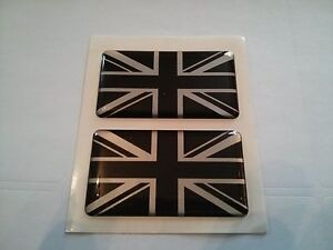 2-UNION-JACK-BLACK-SILVER-GB-CAR-BADGES-Ford-Fiesta-Focus-CMAX-SMAX-50x30mm
