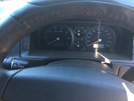Wrecking- Ford ba V8 Ute auto low kms