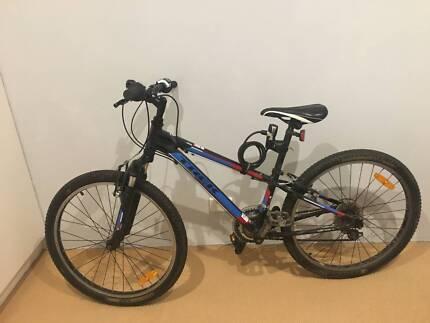 Trek MT220 Kids Mountain Bike 24'' 2015