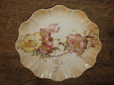 LOVELY DOULTON BURSLEM PLATE FLOWER DESIGN