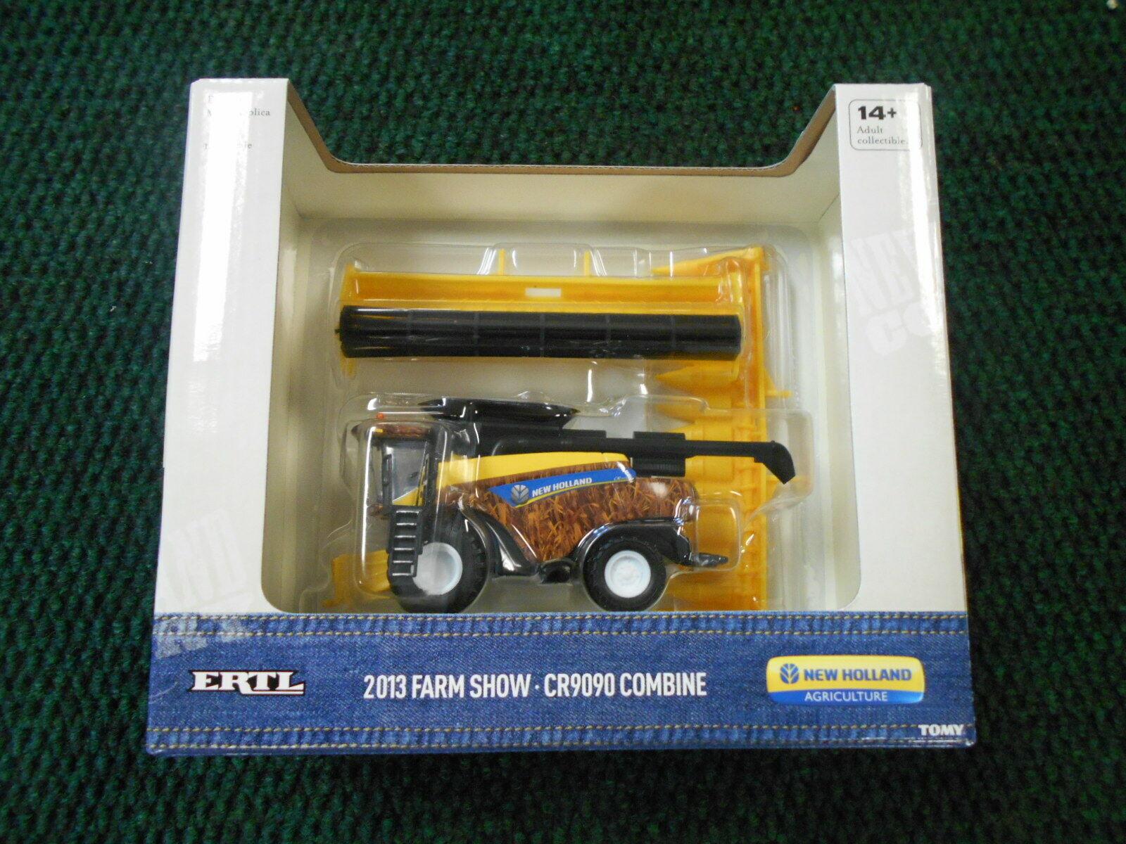 NEW HOLLAND CR9090 COMBINE // 2013 FARM SHOW EDITION // ERT 13849A