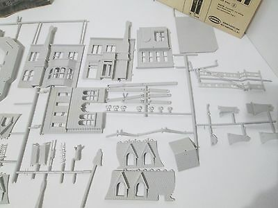 The addams family haunted house model kit