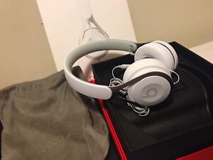 SELLING NEVER USED BEATS EP