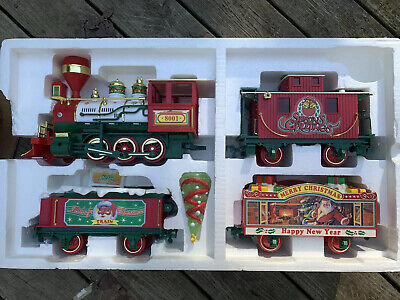 Echo The Musical Christmas Train Set 17 pcs Light Sound Music 1997 Store Display