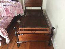 3 beautiful wooden beds Naremburn Willoughby Area Preview