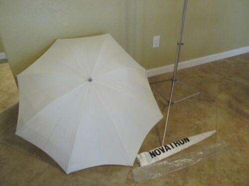 Novatron Studio Lighting  1 stand and 1 umbrella with case