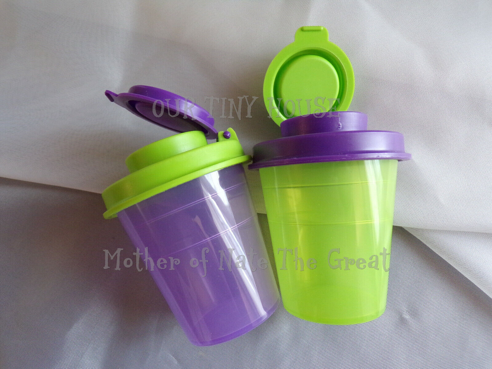 Tupperware Salt And Pepper Shaker Set Spice Small Midget Mini Travel Purple Ebay