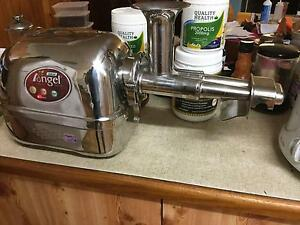 Angel 5500 Juicer Yorkeys Knob Cairns City Preview